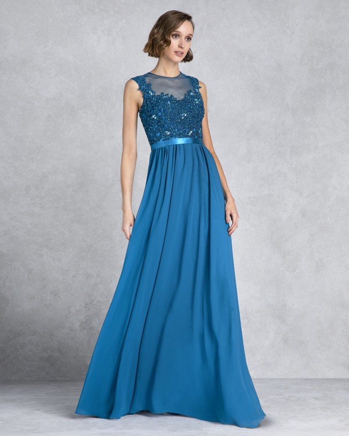 Long evening dress with lace on the top and chifon skirt