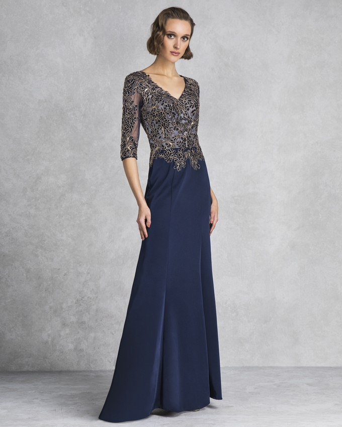 Long evening dress with long sleeves and beading