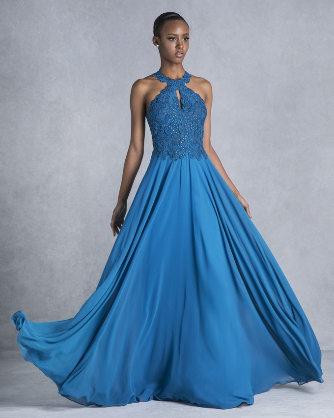 b9480195b806 Βραδινό φόρεμα μακρύ με κεντημένο μπούστο και φούστα από μουσελίνα