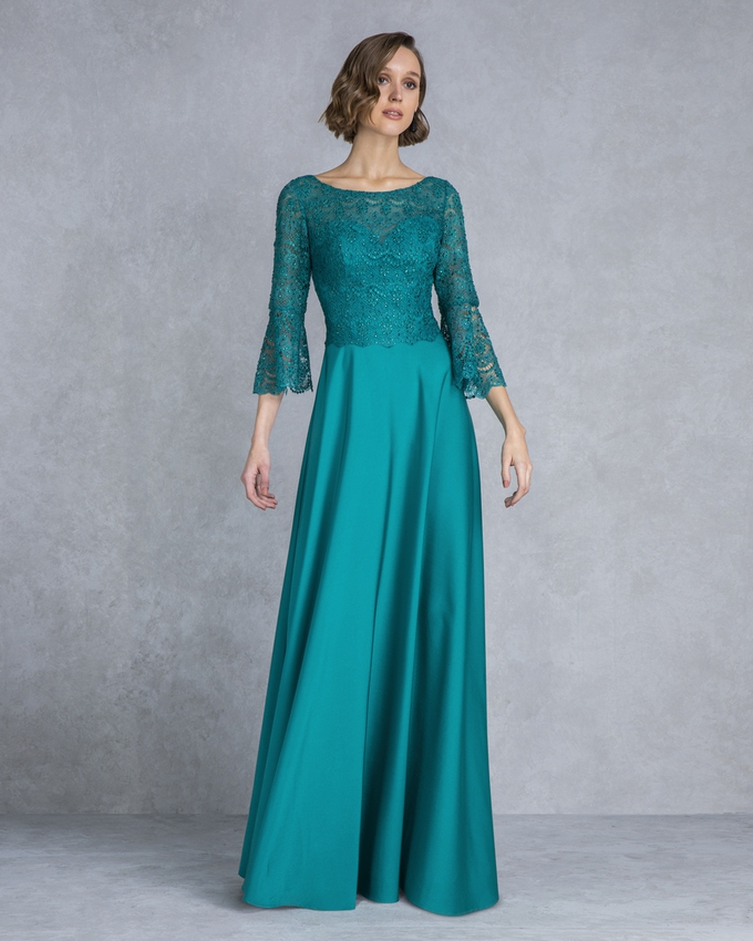 Long evening dress with lace top and sleeves
