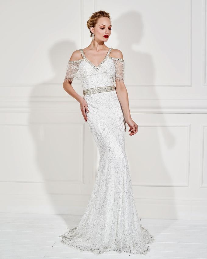 612a78513af7 Βραδινό φόρεμα μακρύ δαντελένιο με κεντημένη ζώνη
