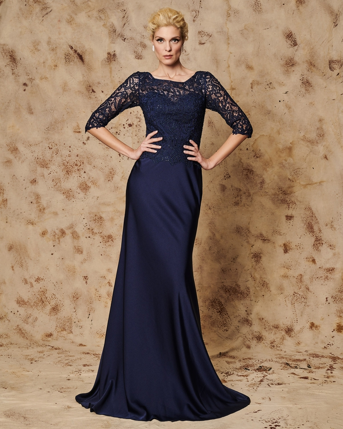 Long evening dress with lace bust and 3/4 sleeves
