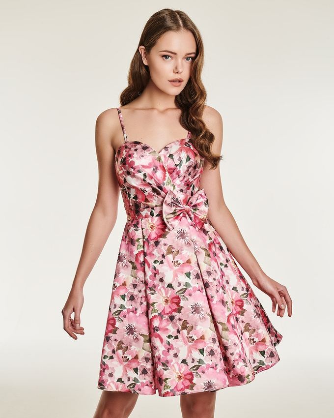 Cocktail strapless floral dress with a bow in the waist