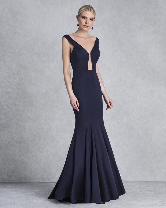 c64dff3c6 Βραδινό φόρεμα μακρύ εξώπλατο με γοργονέ φούστα