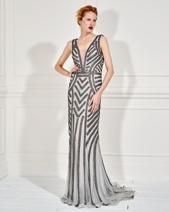 7996523eda7 Βραδινό μακρύ φόρεμα ολοκέντητο