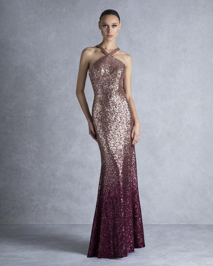 f4e27441b Βραδινό φόρεμα μακρύ εξώπλατο γοργονέ με ντεγκραντέ πούλια