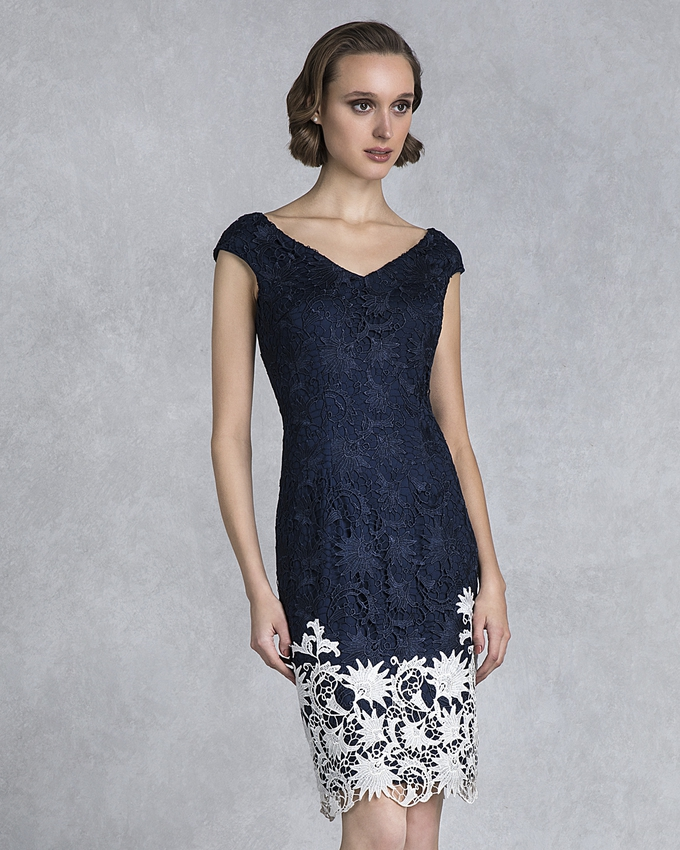 Mother of the bride short lace dress