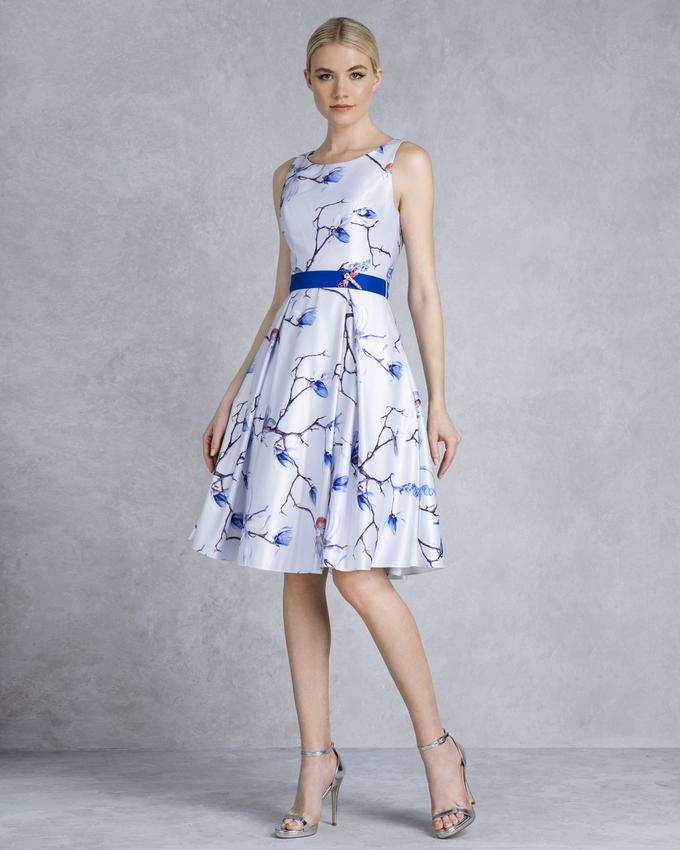 8085915c478 Κοκτέιλ φόρεμα κοντό εμπριμέ με μονόχρωμο ζωνάκι