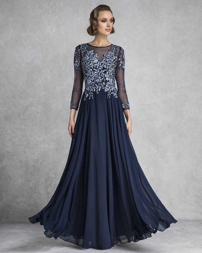 Long evening dress with long tulle sleeves and beading