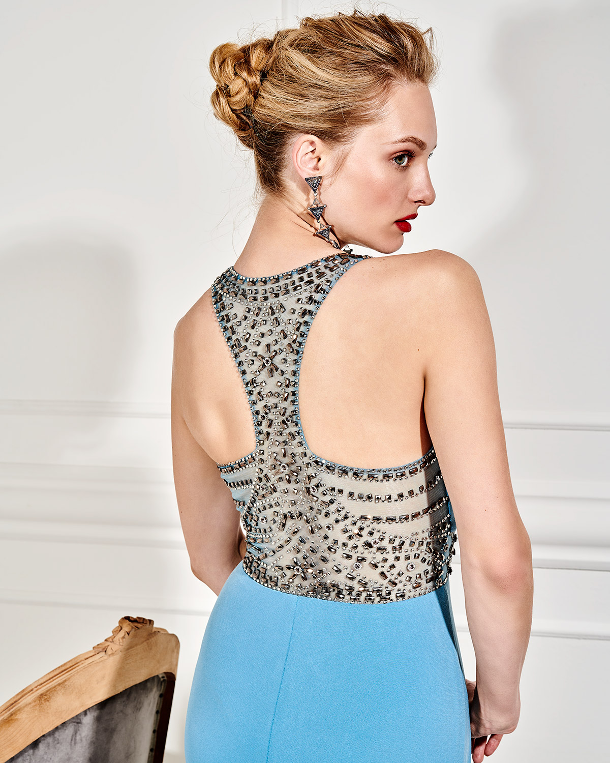 Evening Dresses / Long evening dress with beading
