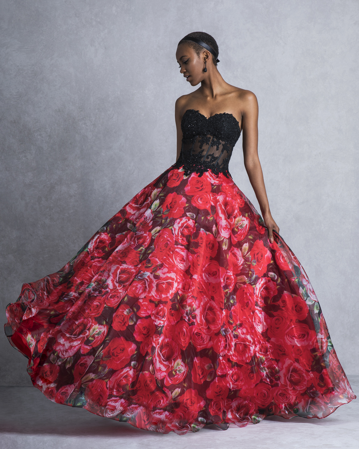 Cocktail Dresses / Long evening strapless printed dress with lace top and beading