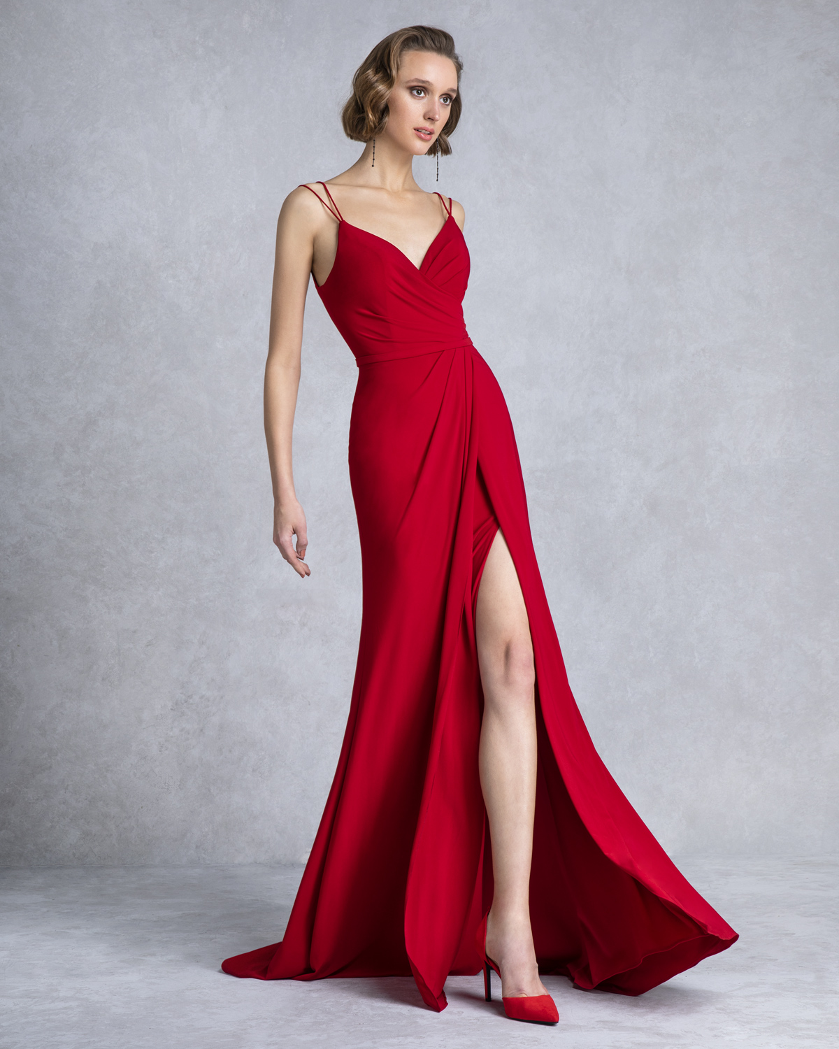 Long evening dress with opening
