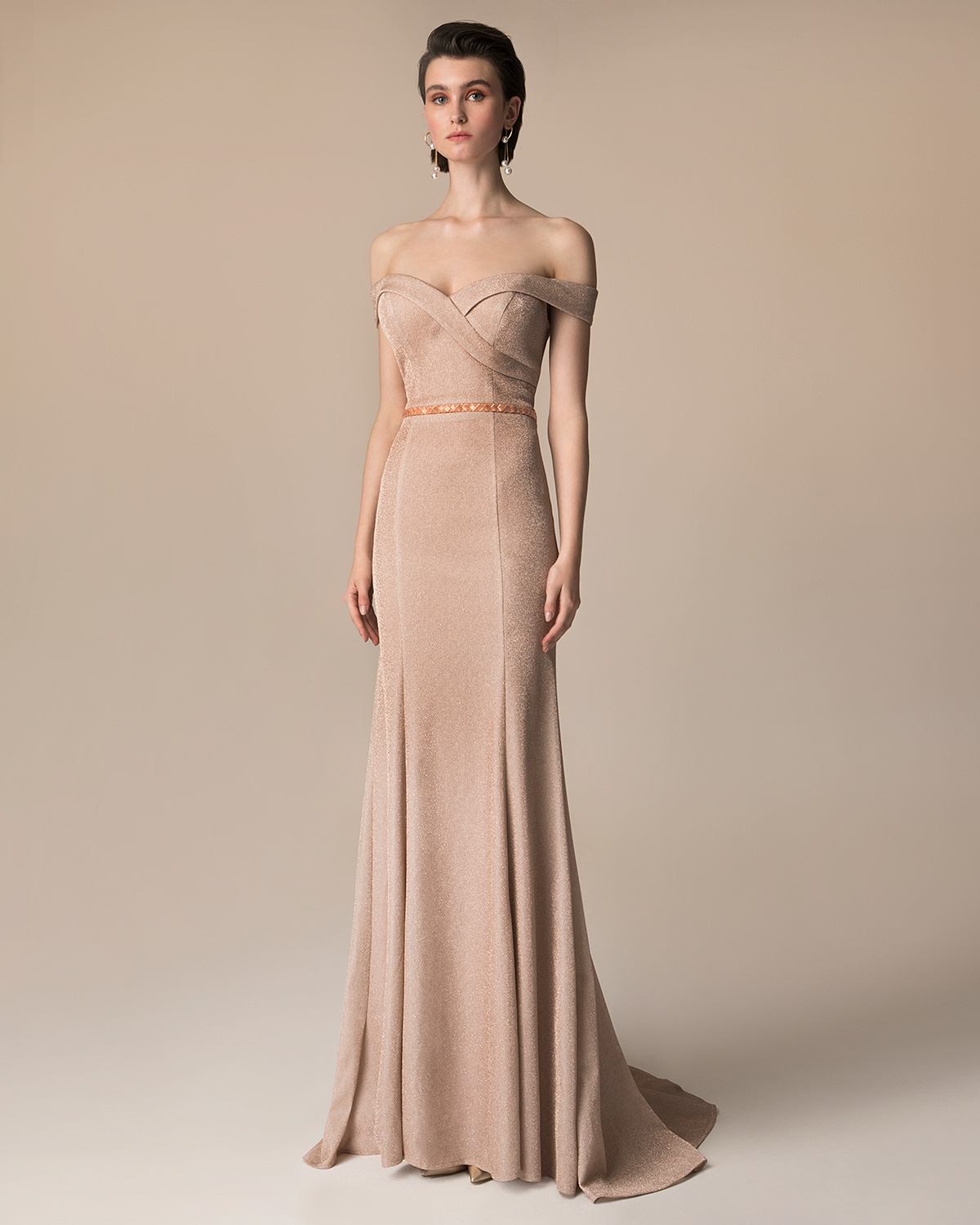 Evening Dresses / Long evening dress with beaded belt and shining fabric