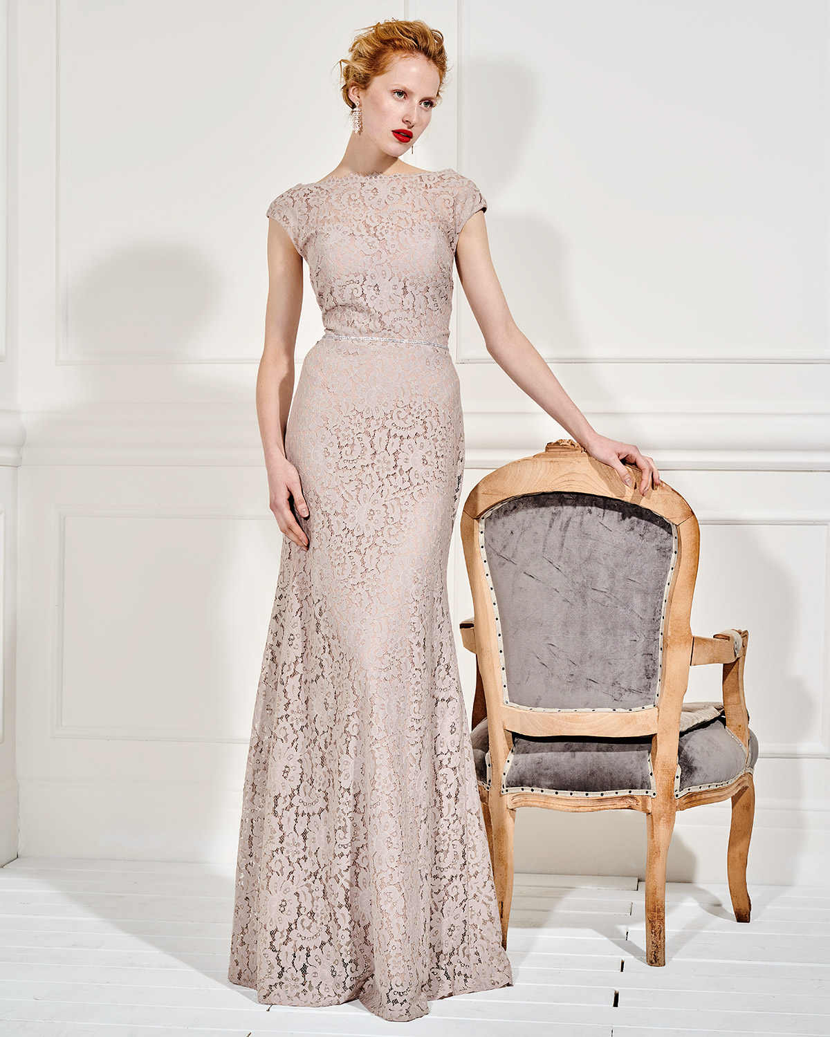 Evening Dresses / Long evennig lace dress with belt