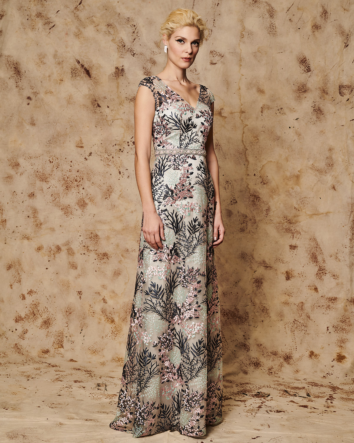 Long evening print dress with beading belt