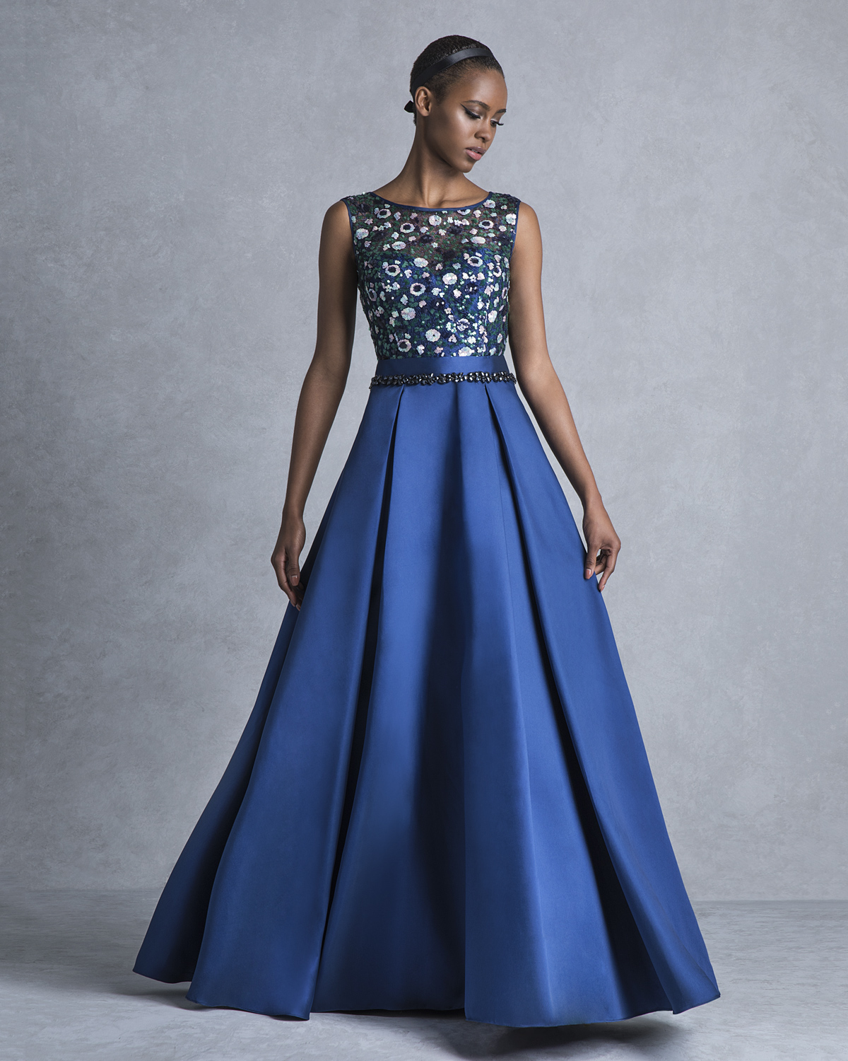 Evening Dresses / Long evening dress with beaded top and pleated skirt