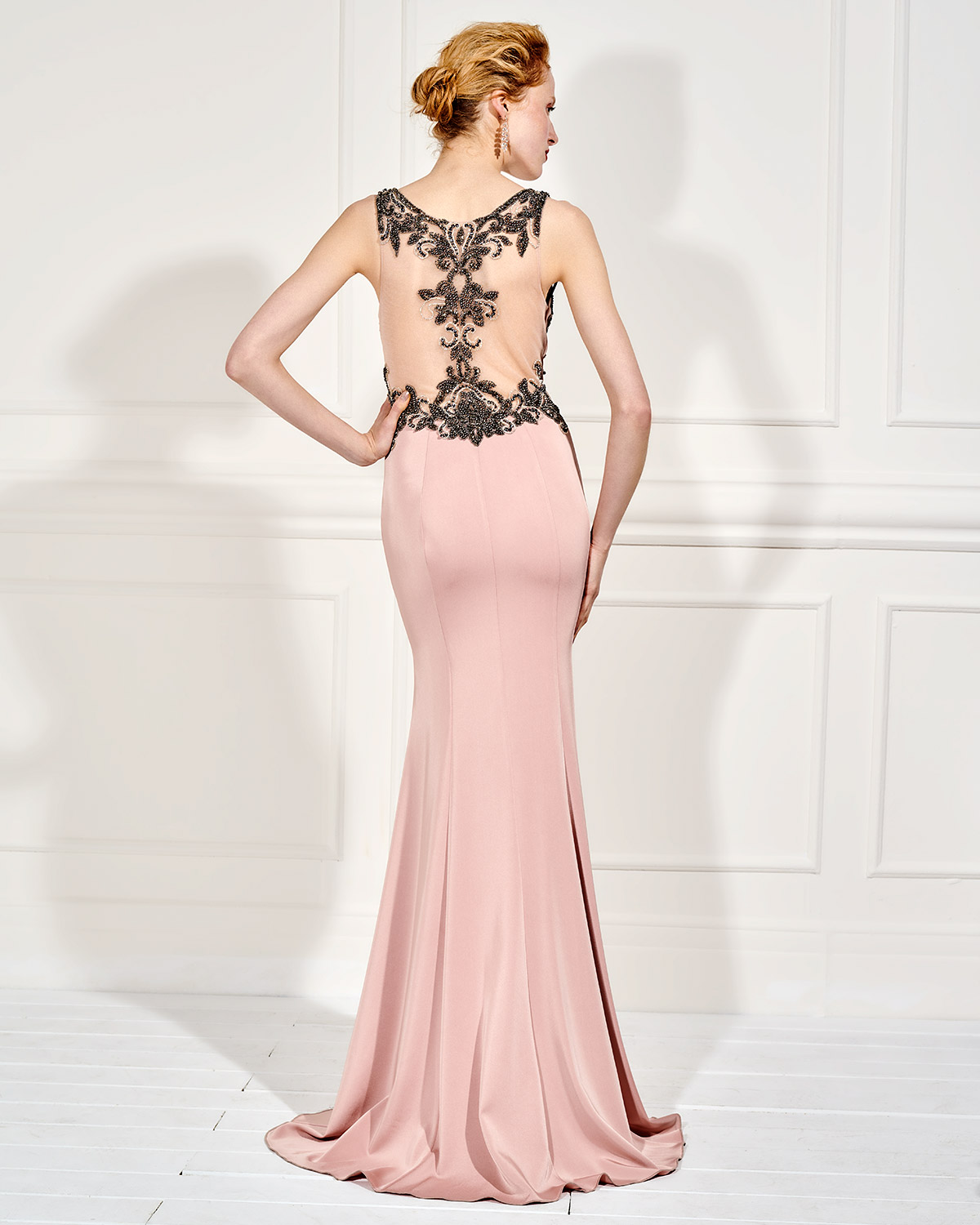 Evening Dresses / Long evening dress with beading and tulle in the back