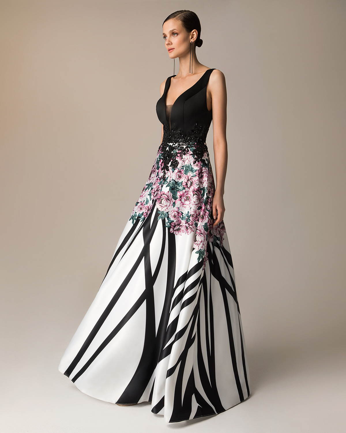 Evening Dresses / Long evening printed satin dress with applique lace on the waist and solid color top