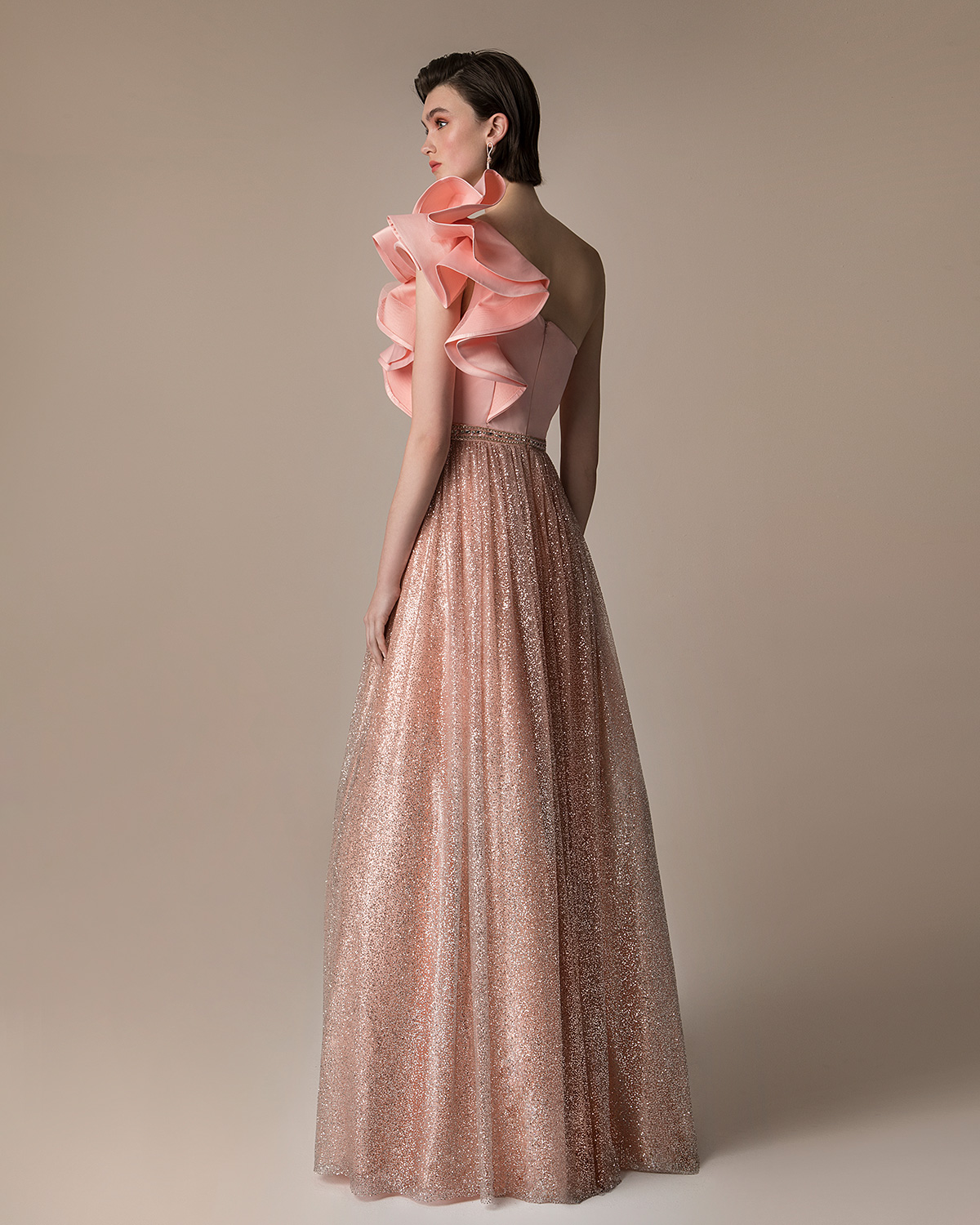 Evening Dresses / One shoulder evening dress with glitter