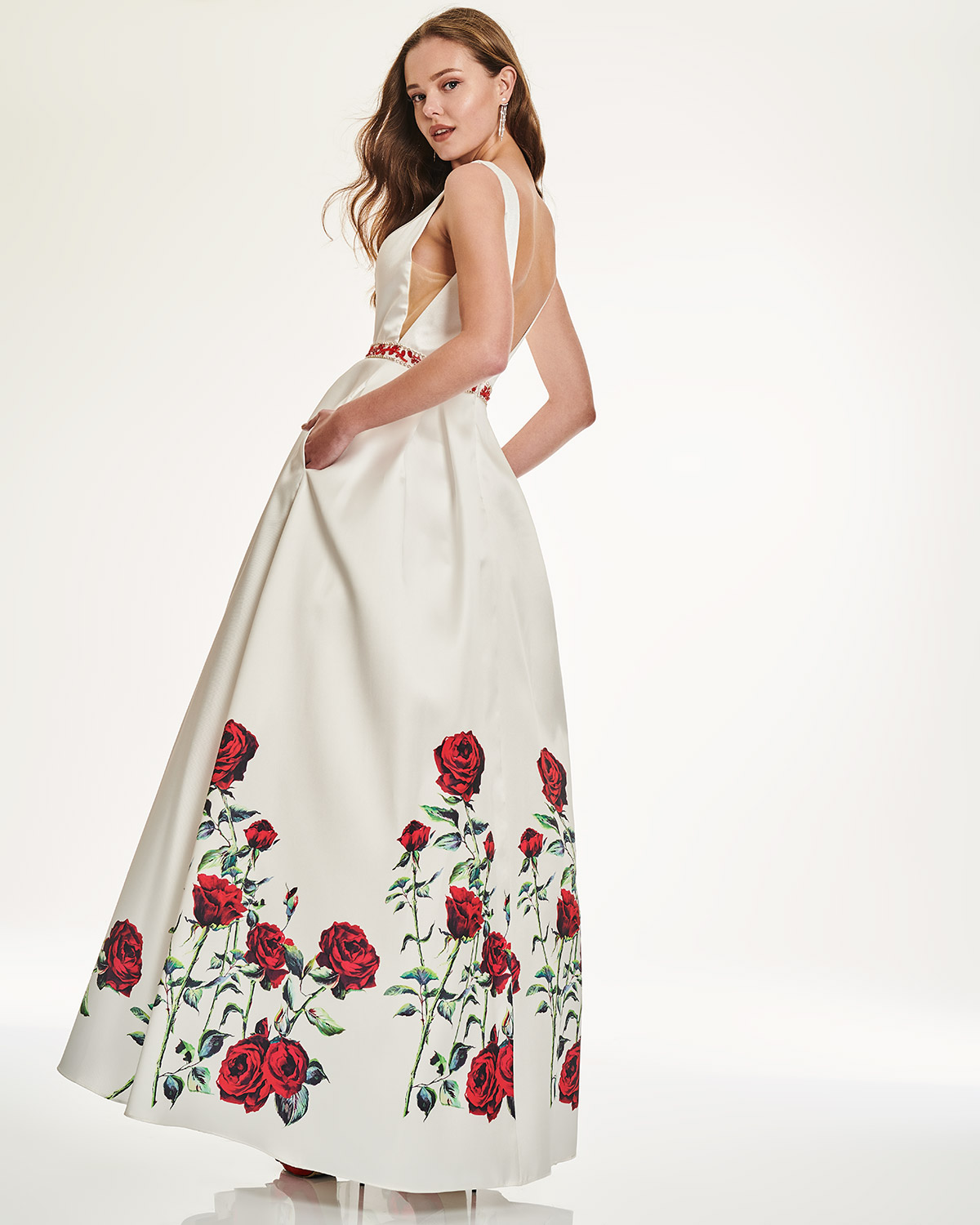 Cocktail Dresses / Long dress with floral motif and beading on the waistbund