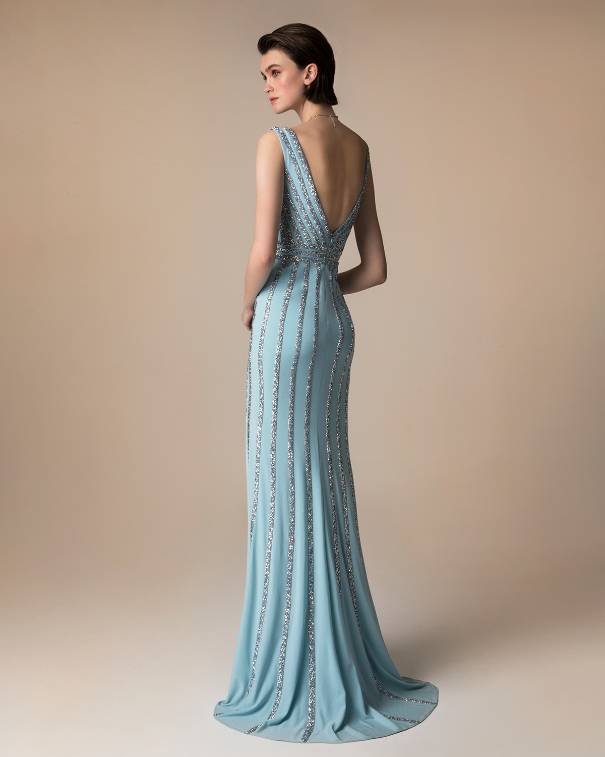 Evening Dresses / Long evening beaded dress
