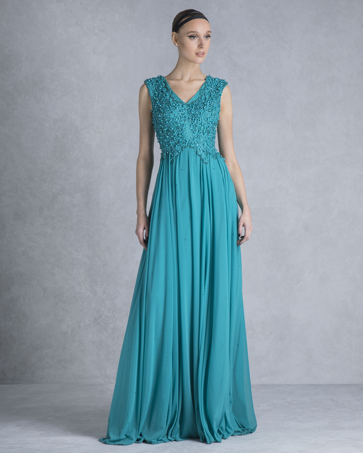 Evening Dresses / Long evening dress with fully beaded top