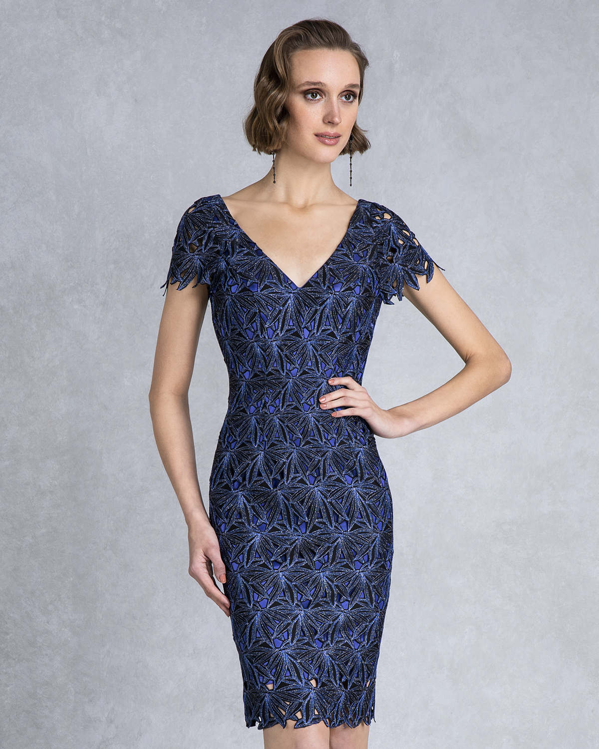 Classic Dresses / Mother of the bride short lace dress