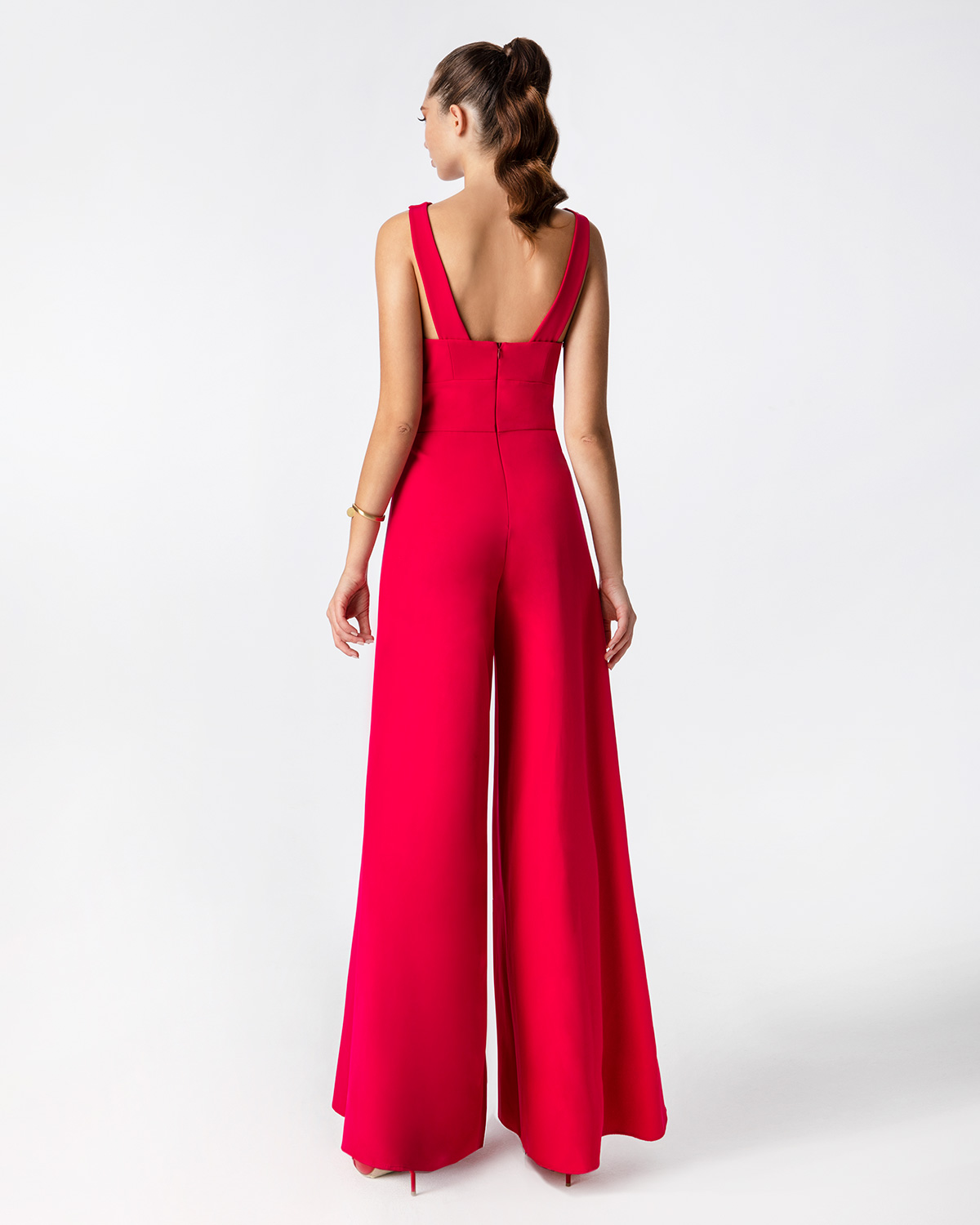 Cocktail jumpsuit with strpaps