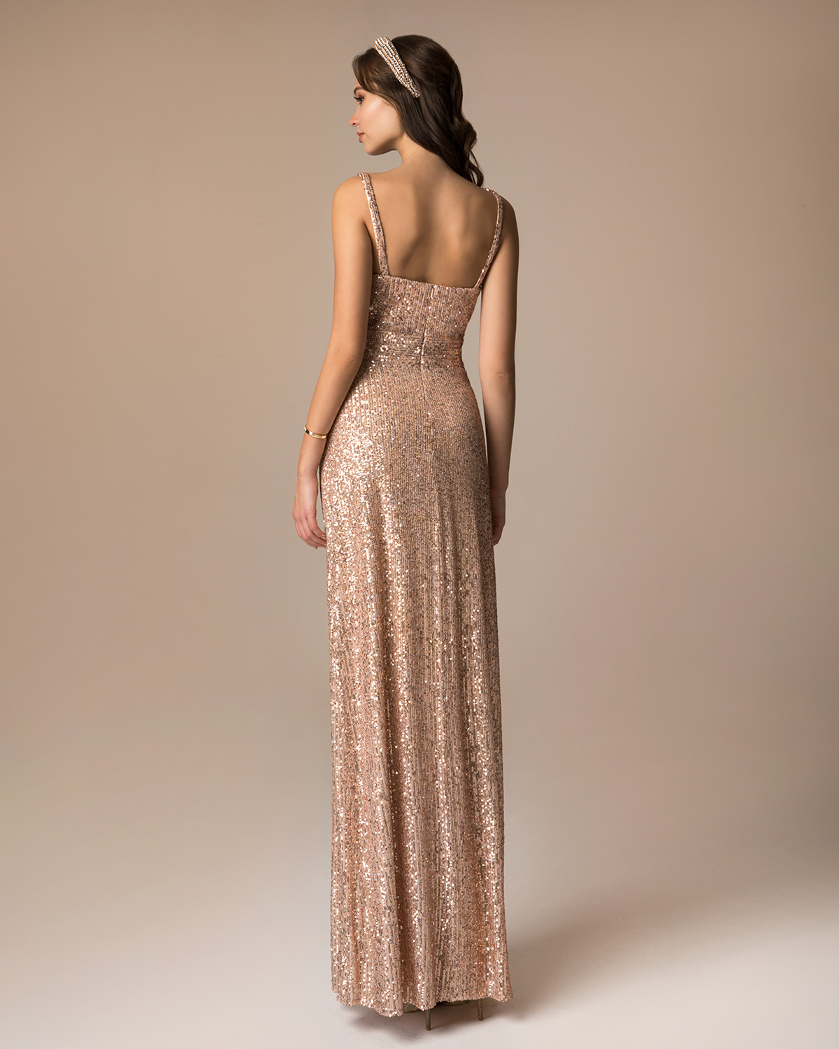 Evening Dresses / Long evening dress with sequence