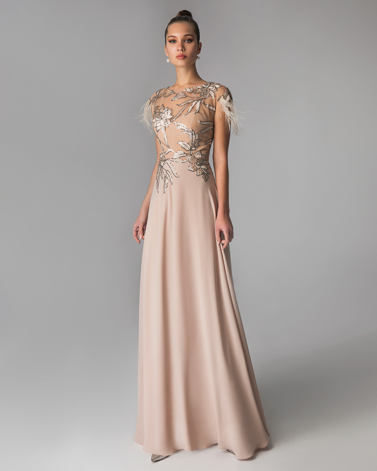 Classic Dresses / Long evening  lace dress with short sleeves for the mother of the bride